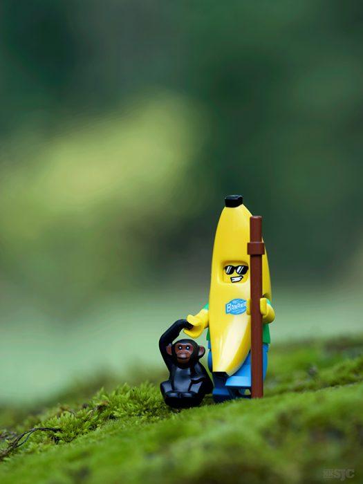 banana-suit-guy-legography-xxsjc