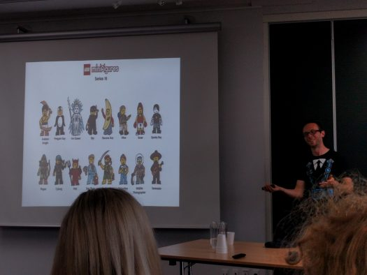 Learning about minifigures