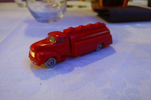 A really old LEGO car